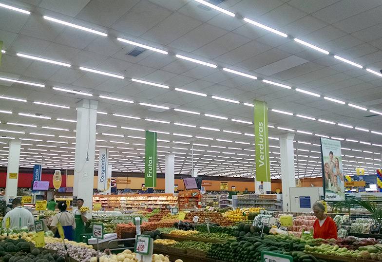 Resultado de imagem para iluminação supermercado